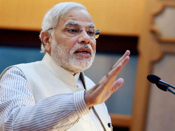 PM Modi attacks Congress for defaming Sardar Patel