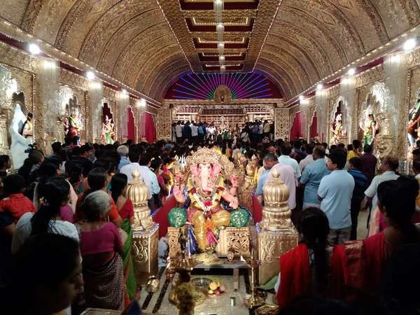Mangalore Dasara Festival has got a grand start today