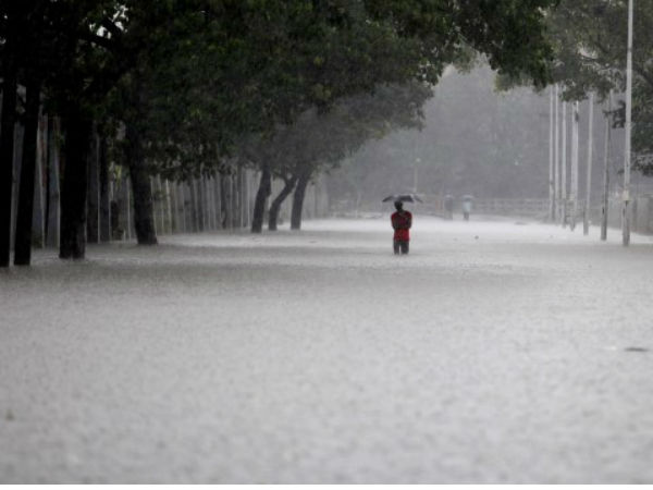 IMD warns heavy rainfall in coastal on Vijaya Dashami