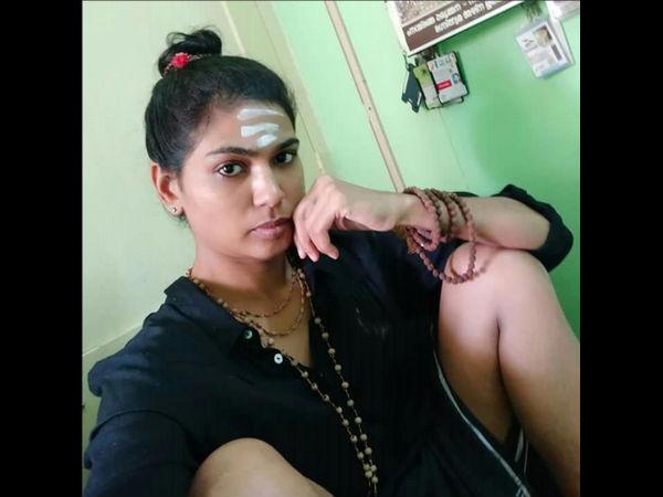 ಶಬರಿಮಲೆ ಪ್ರವೇಶಿಸಲು ಹೋದ 'ಕಿಸ್ ಆಫ್ ಲವ್' ಫಾತಿಮಾ ರೆಹನಾ ಹಿನ್ನಲೆ