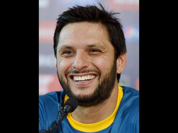 shahid Afridi pakistan cant even handle 4 provinces doesnot need kashmir