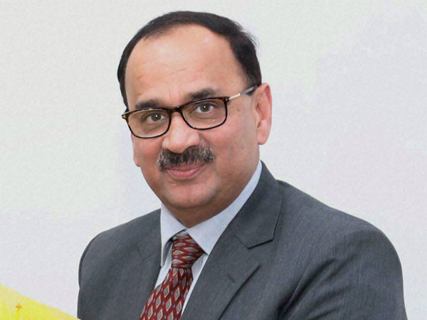 CBI exiled director alok verma files response to cvc report in Supreme court