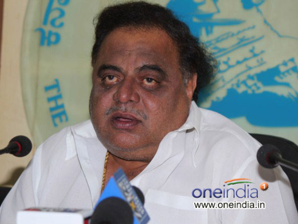 By election 2018: Ambareesh faces problems to cast vote due to bad light