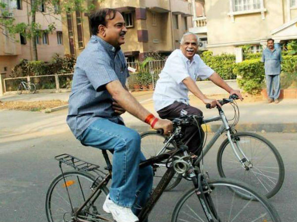 photograph of demised ananth kumar and vijay kumar riding cycle making emotional