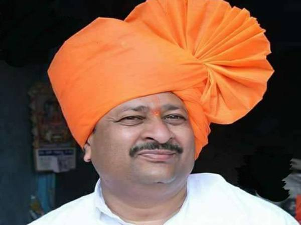will burn the tong who gives statement against narendra modi mla basangoud patil