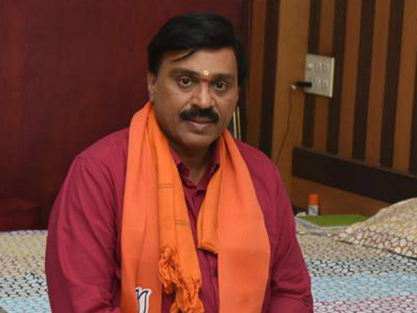 Reddy moves plea for bail in Hyderabad