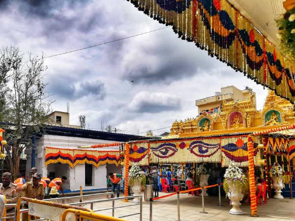 ಹಾಸನಾಂಬೆ ದರ್ಶನಕ್ಕೆ ತೆರೆ: ಭಕ್ತರಿಗೆ ಸಚಿವರು, ವಿಐಪಿಗಳದ್ದೇ ರಗಳೆ ಆಗೋಯ್ತು