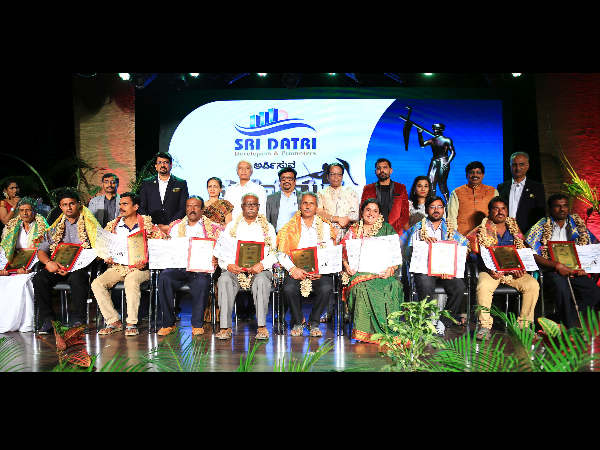 Saral Jeevan to honour inspiring farmers in Mannina Maga Awards 2018