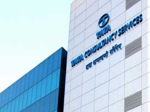 TCS Q3 net grows 24.1 pc to Rs 8,105 cr