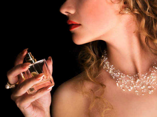 Let S Celebrate The New Year With Amazing Perfumes