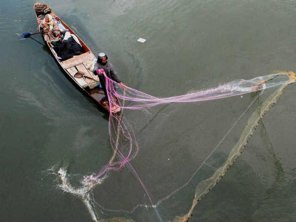 ಆಳ ಸಮುದ್ರದಲ್ಲಿ ಮೀನುಗಾರಿಕೆಗೆ ತೆರಳಿದವರು ನಾಪತ್ತೆ