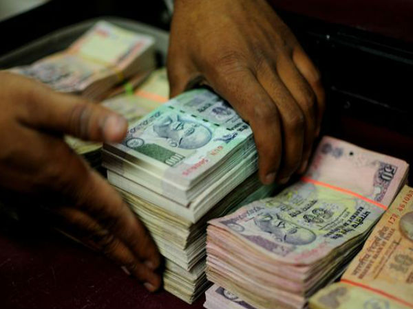 6 crore hawala cash seized from car in Telangana, 3 days before the Polls