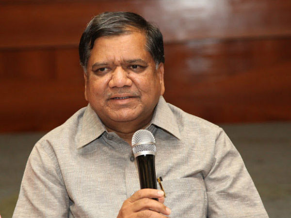 Deve Gowda and his family did not care north Karnataka: Jagadish Shettar