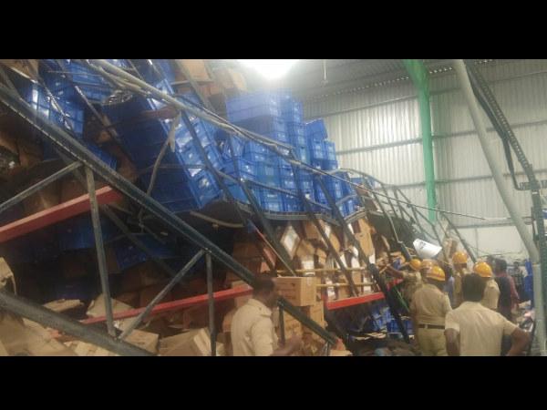 ಲಾಜಿಸ್ಟಿಕ್ ಕಂಪನಿ ಗೋದಾಮಿನಲ್ಲಿ ಛಾವಣಿ ಕುಸಿತ: ನಾಲ್ವರು ಸಿಲುಕಿದ ಶಂಕೆ