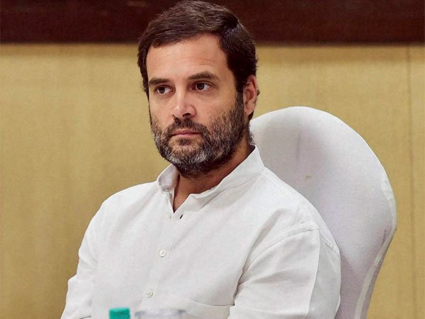 15 miners struggling for air, PM poses for cameras, says Rahul Gandhi