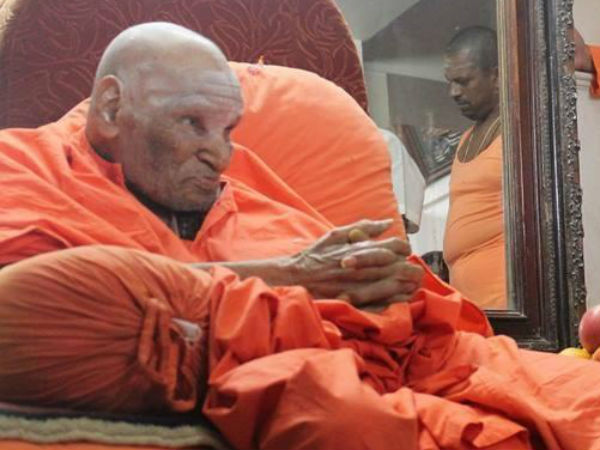 Siddaganga Sris helath upset, he is going under treatment