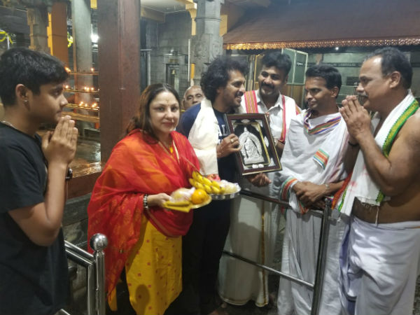 Real StarUpendra visited temples in Kundapur, Udupi district.