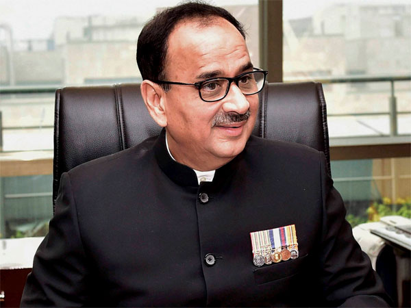cbi chief alok verma back to his office work after 3 months