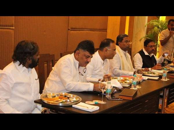 Karnataka Congress leaders had meeting today discussed about Operation kamala