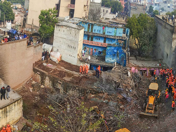 Many dead in Gurugram building collapse