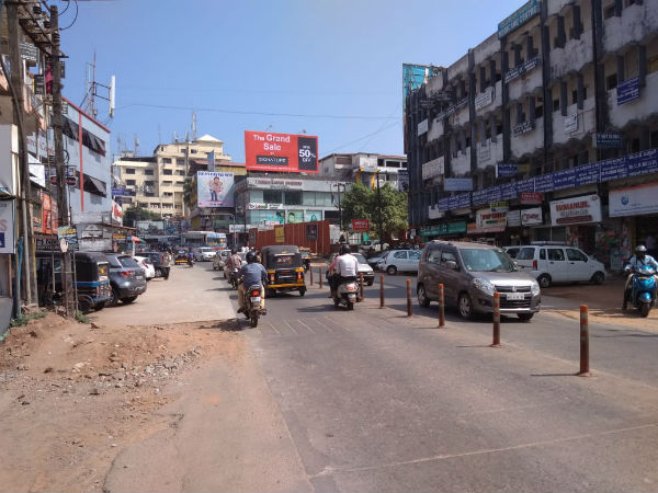 Poor response to Dakshina Kannada District Bandh called by youth congress
