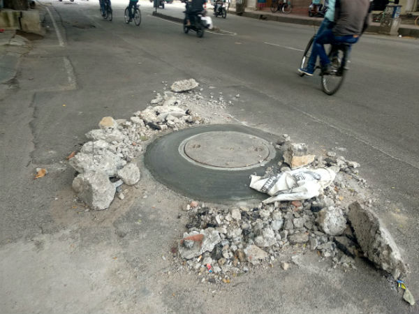 Two lakh manholes will be cleaned soon