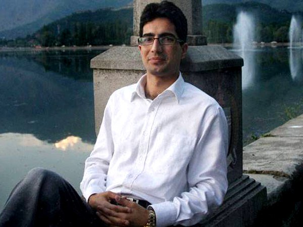 Resigned IAS Topper Shah Faesal to contest Lok Sabha Elections