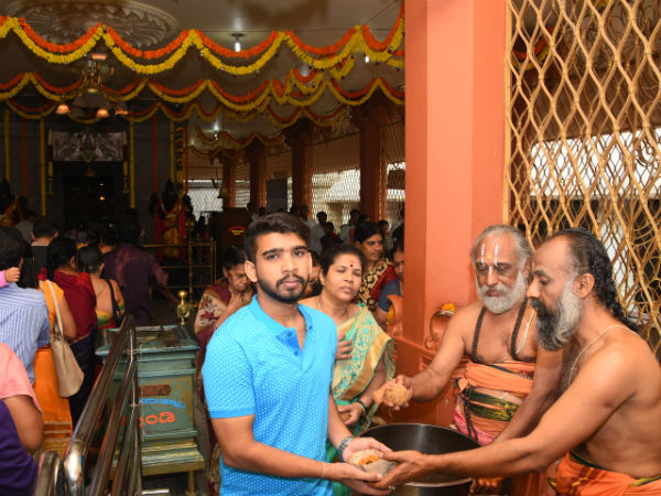 Mysore temple distributed 2 lakh ladoos