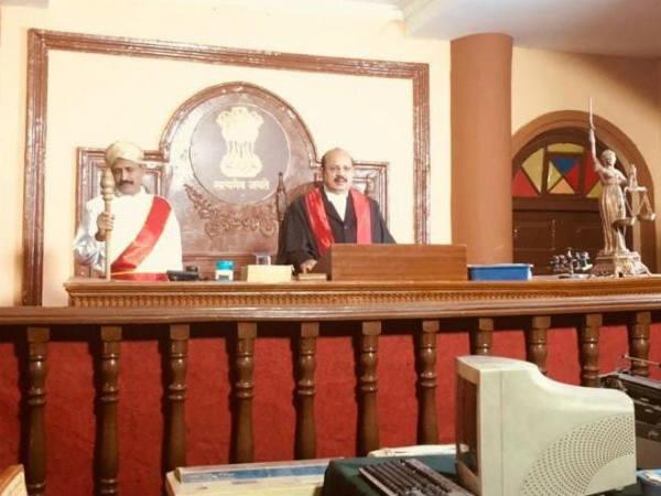 ನ್ಯಾಯಾಧೀಶರಾದ ಮಾಜಿ ಸಚಿವ ಟಿ.ಬಿ.ಜಯಚಂದ್ರ
