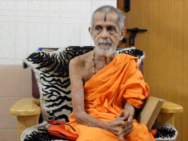 Honorary doctorate for Pejawara Swamiji