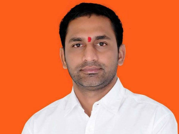 assembly session speaker directed state government to give security to hassan bjp MLA preetham gowda