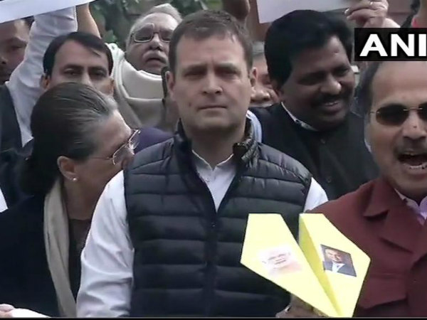 Congress leaders holding protest against Rafale deal outside Parliament