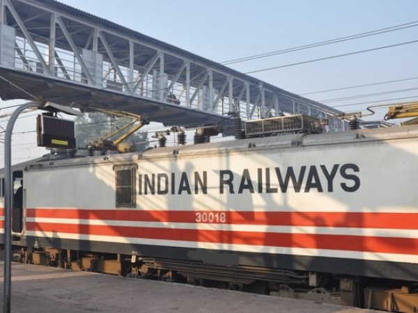 Indian Railway Recruitment 2 Lakh Jobs In Two Years
