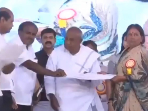 Kumaraswamy issued Debt relief letter to farmers in Hassan