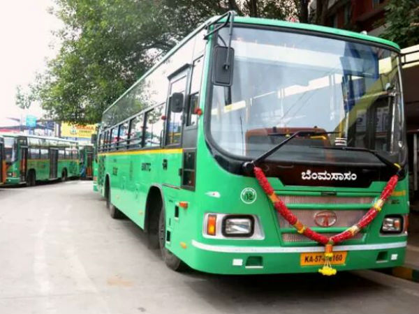 pervert molests woman in moving BMTC bus