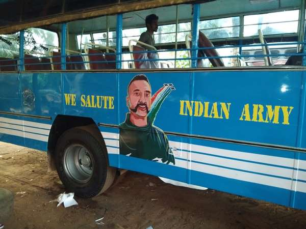 Abhinandan Varthamans picture painted on city bus in Mangaluru