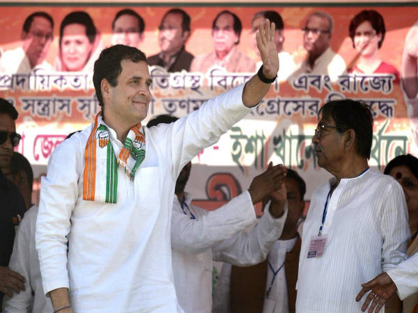Rahul Gandhi lambasted on Mamatha Banarjee and Modi in West Bengal