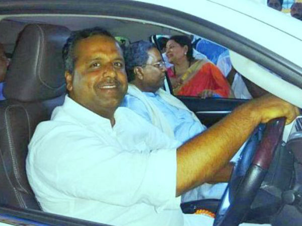 Code of Conduct:Congress leaders went in private vehicles