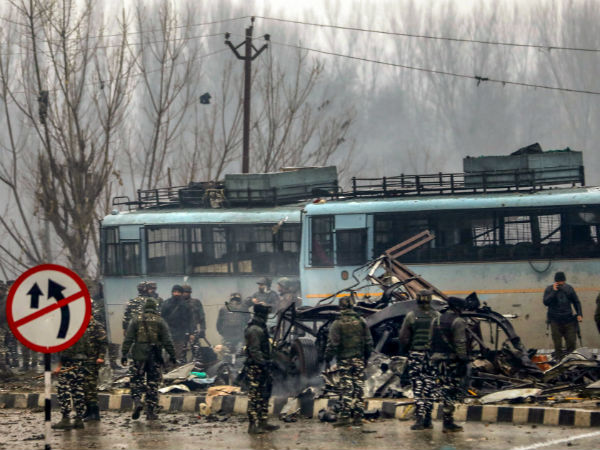 Mass Hysteria Hits Kashmiris What Is The Solution