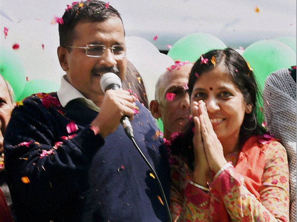 Complaint filed against Kejriwals wife Sunita for allegedly having two voter IDs