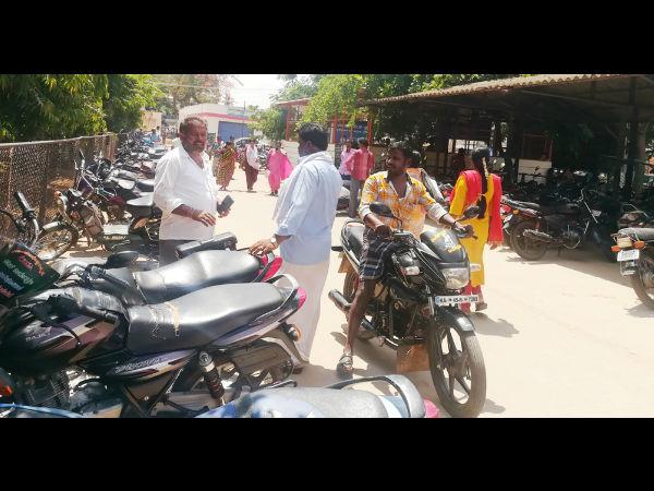 ಬೈಕ್ ಸವಾರರೇ ಎಚ್ಚರ:ಚಾಮರಾಜನಗರದಲ್ಲಿ ಶುರುವಾಗಿದೆ ಕಳ್ಳರ ಹಾವಳಿ