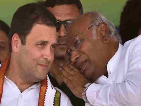 By mistakenly instead of Rajiv Gandhi name Mallikarjuna Kharge used Rahul Gandhi name