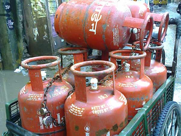 Elections 2019 : Subsidised, Non-Subsidised LPG Rates Revised