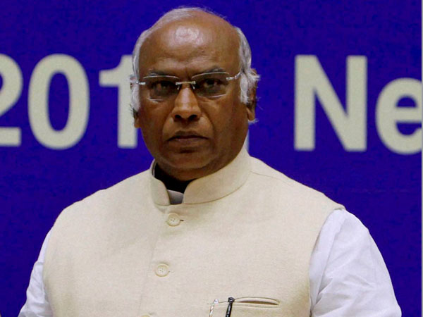 Three times i miss the opurtunity to become CM : Mallikarjun Kharge