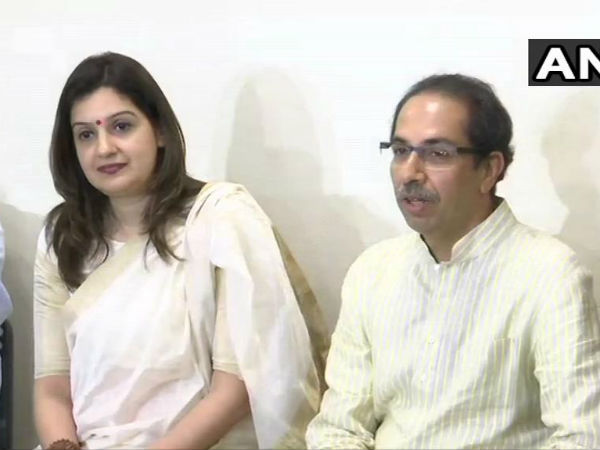 Big Shock to Congress: Priyanka Chaturvedi joins Shiv Sena