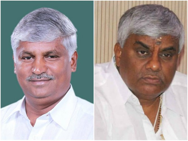 IT raid on houses of close associates of CS Puttaraju and HD Revanna