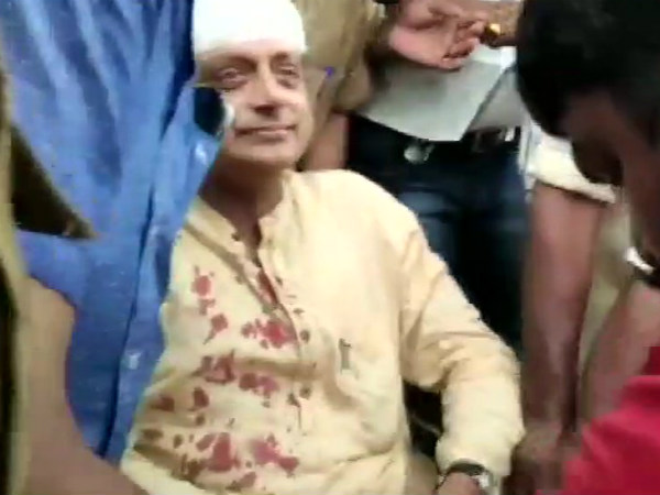 Congress MP Shashi Tharoor has been injured while offering prayers at a temple