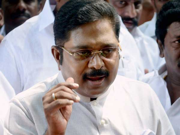 IT department raid on TTV Dinakaran and his associates