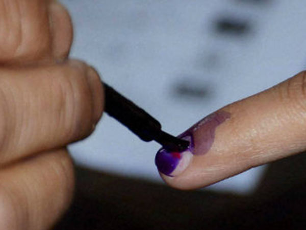 14 percent of voting in Jammu and Kashmirs Ananthnag