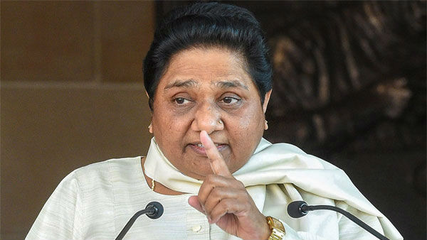 Mayawati says Modis government is sinking ship